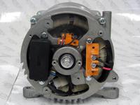 KT2.8-1 Generatordeckel geöffnet