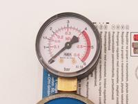 Gasregler, stufenlos regulierbar, mit Manometer 1-4Bar bis 10kh/h / Manometer