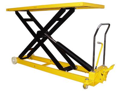 Hubtisch mit 1000 kg Kapazität und 1400 mm Tischhöhe, SHTM-A-1000-370-1400-PU, Schräg Tisch oben